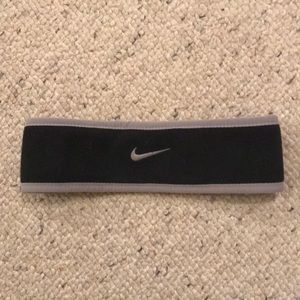 Nike Therma-fit Headbandz fleece lined. Women's